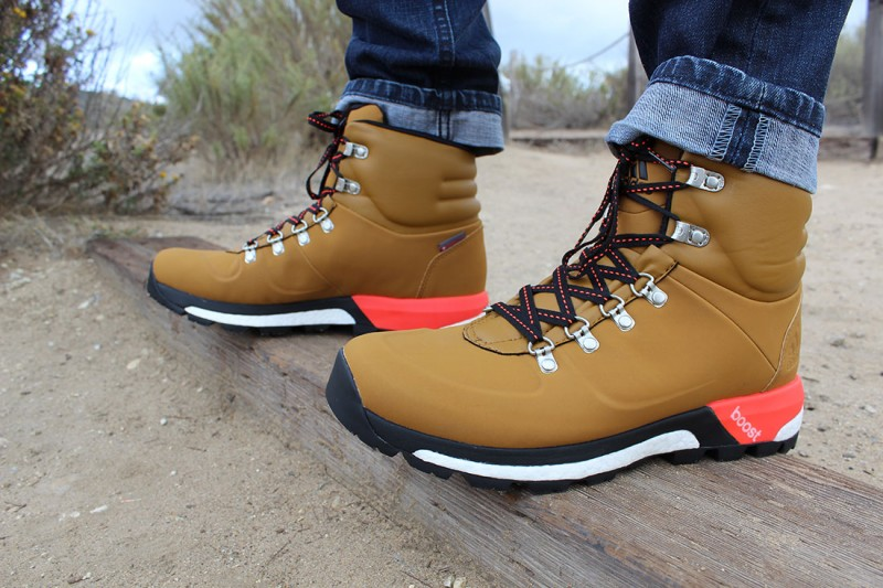 Adidas Boost Urban Hiker