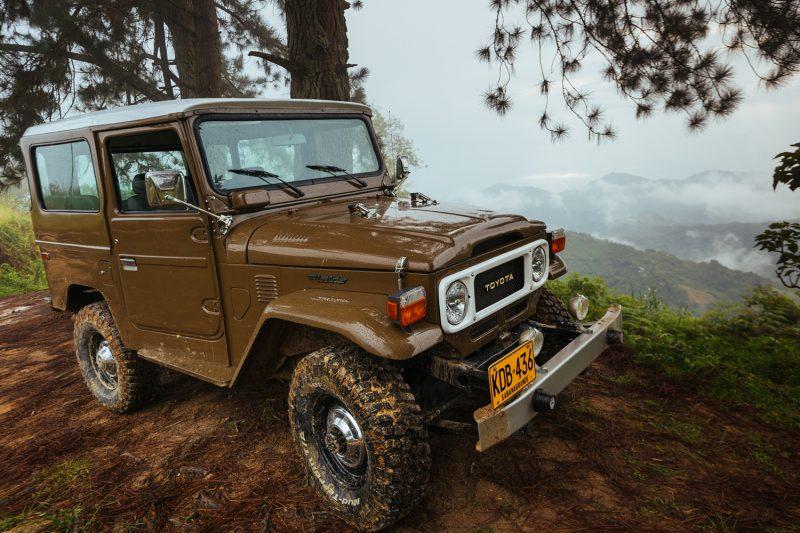 Classic FJ-40 restoration truck