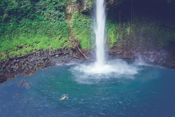The La Fortuna Waterfall in Costa Rica Gearminded.com