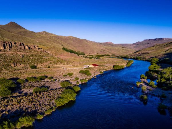 Fly fishing Argentina at Alumine River Lodge - Frontiers