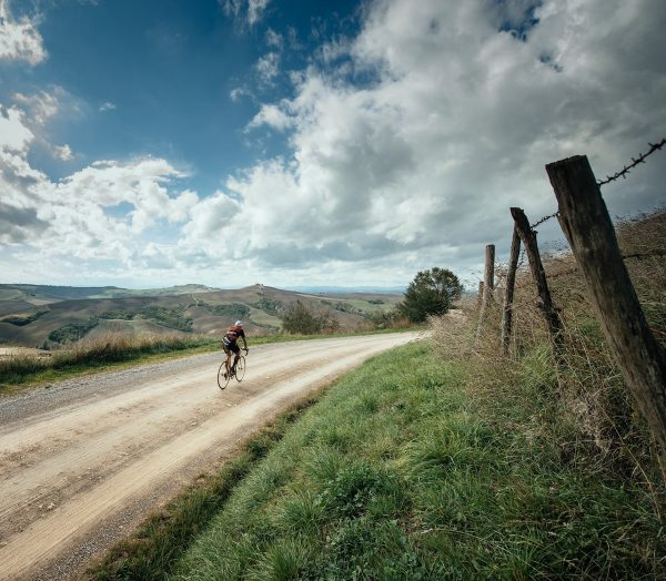 Gravel and wine Strade Bianche cycling - Courtesy of Tourissimo