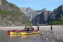 Women's Canoe trip in Canada's Northwest